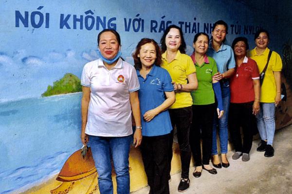 Phụ nữ quận 10 – Chung tay xây dựng môi trường xanh